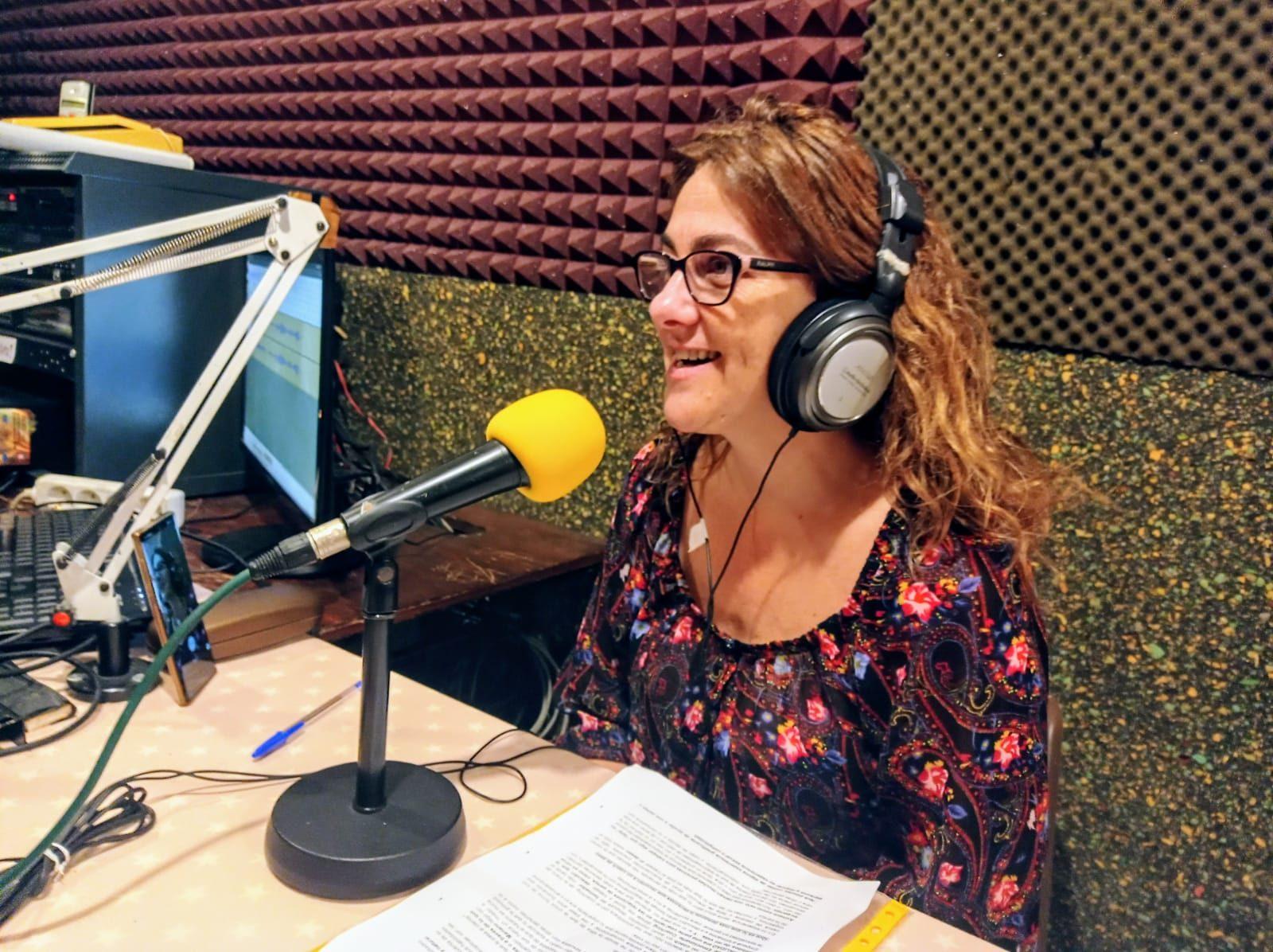 Entrevista en Radio por Alas y Raíces